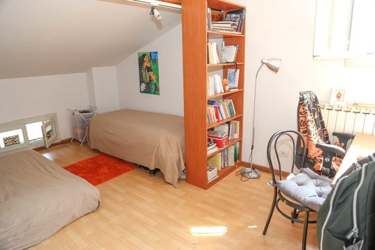 Single room in apartment